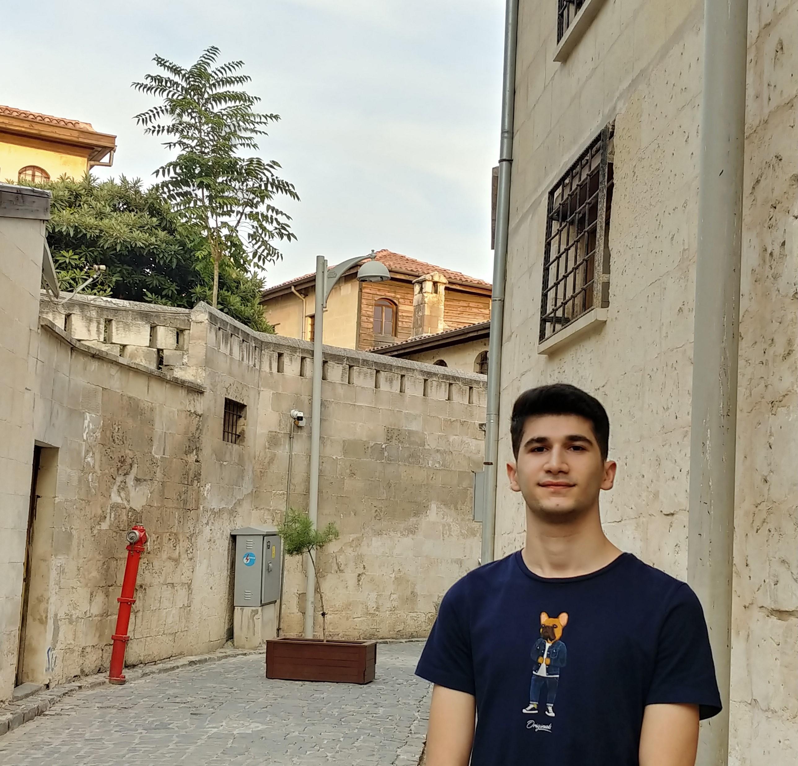 Ali Caner TAŞ
