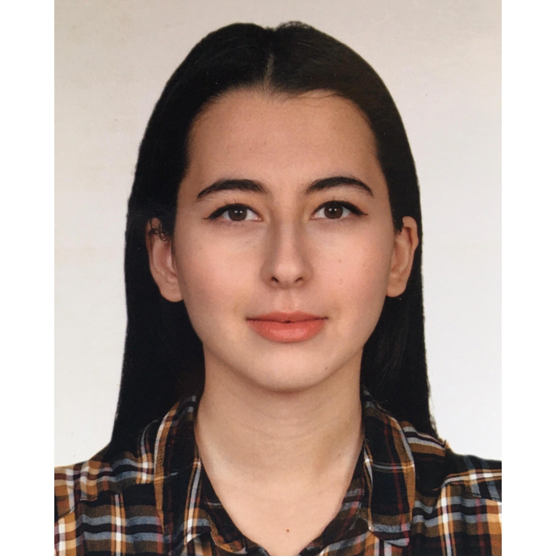 Selin Balaban